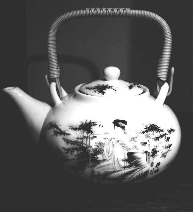 #blackandwhite  #kettle #coffee