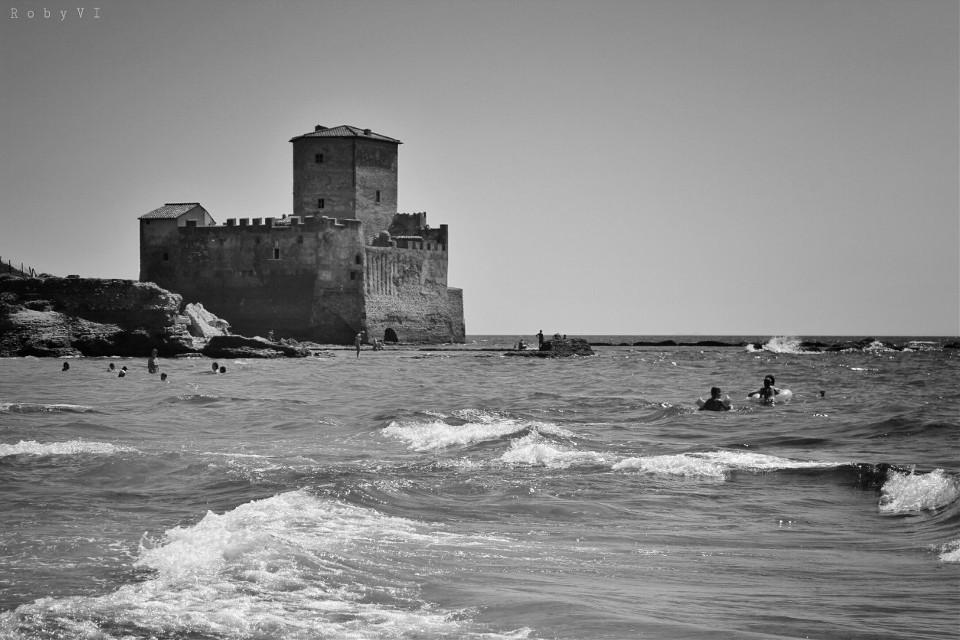 #blackandwhite #emotions #hdr #love #photography #retro #travel #castel #sea #castle #waves #people