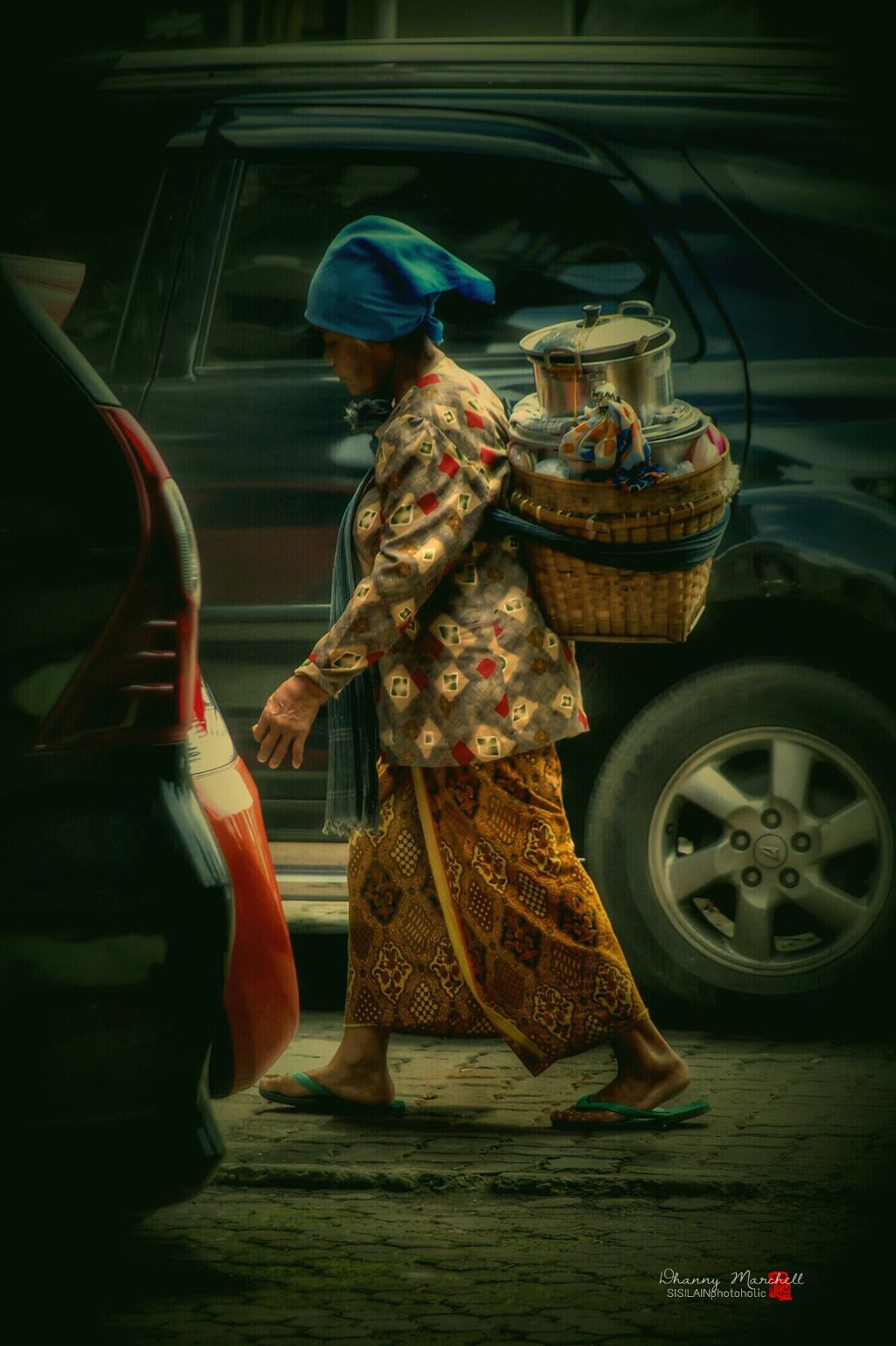 """"""" Find Customers """" thousands of kilos road she traveled.. skip hurdle to feed their children..  #wildlife #vintagefinds #contrastlife #interesting  #people #spirit #street #photography"""