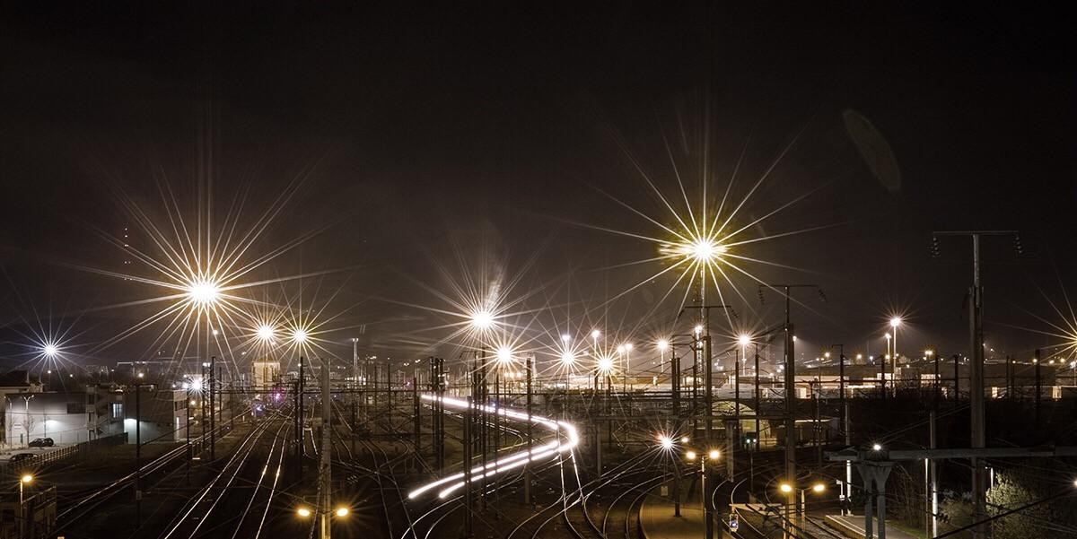 #yard #longexposure #train #light #lights #canon #night #nightlife #nighttime #canonphotography