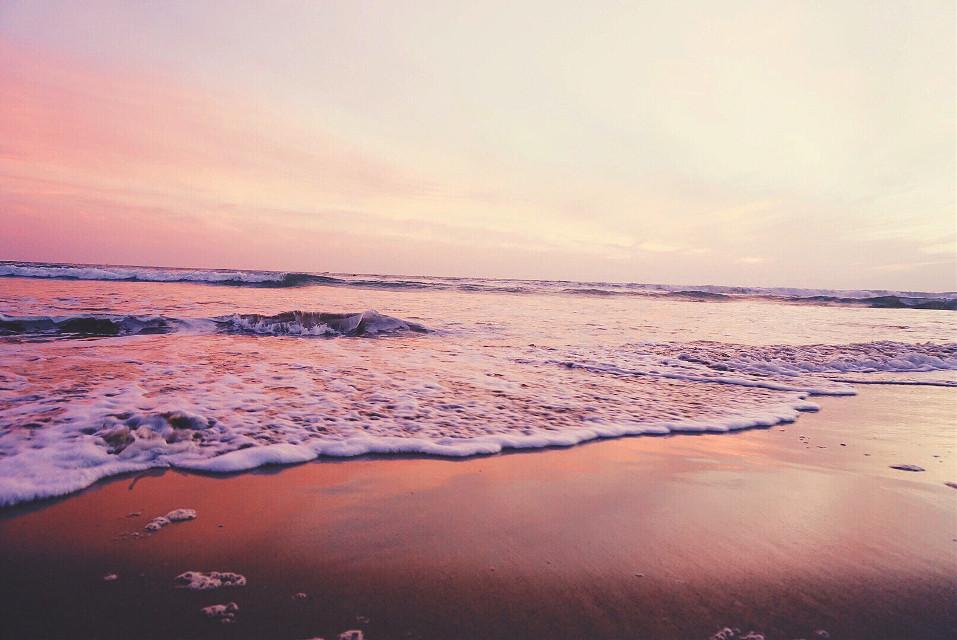 #FreeToEdit #wppcolorful #wppcolors #sunset #beach #mood #peach