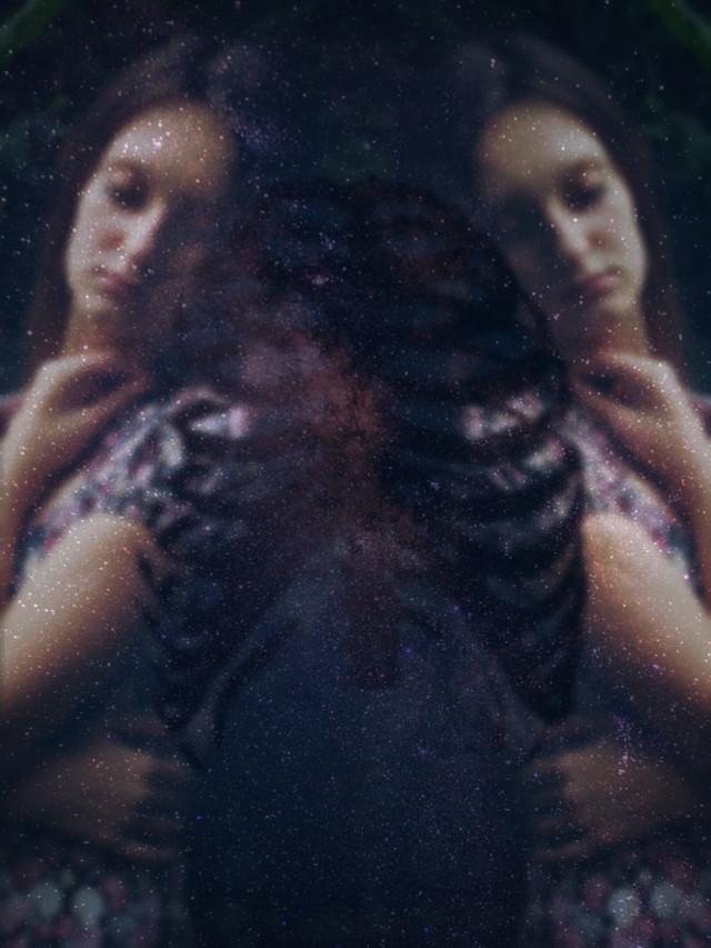 #wapdark  #mirror  #sky  #beautiful  #twins  #women  #girl  #galaxy  #star  #forest   #people